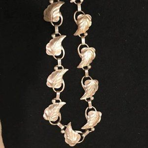 Sterling Silver 16 Inch Decorative Necklace